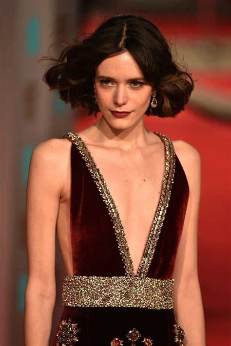 Stacy Martin Hot Pictures, Bikini And Fashion Style (49