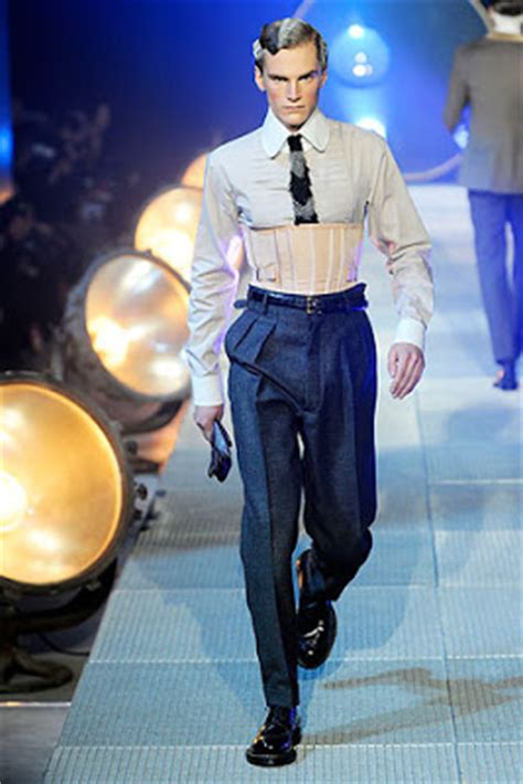 Crushed Pearls: The Lifestyle on Display: Men's Fashion