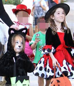 Alyson Hannigan takes her daughters out trick or treating