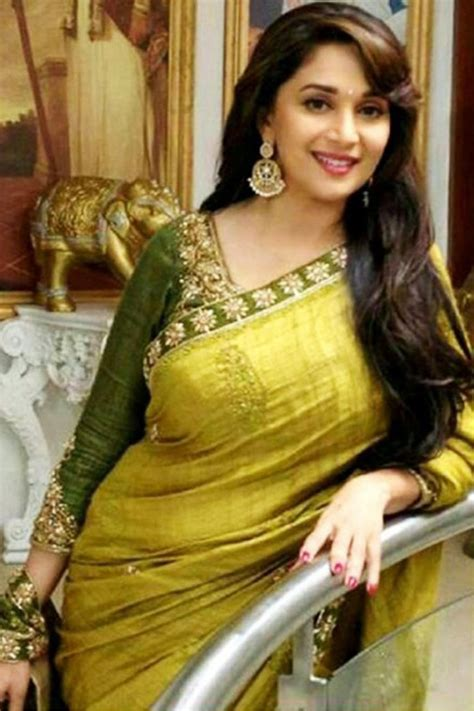 Madhuri Dixit Wiki Biography-Age-Height-Weight-Profile